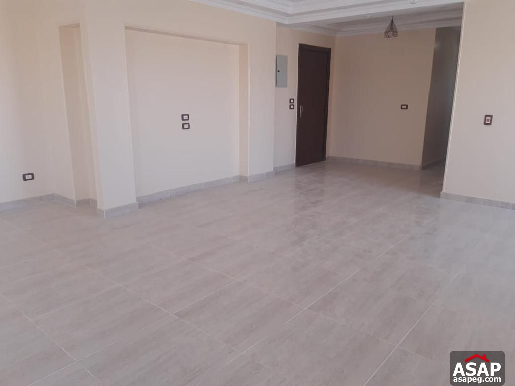 Apartment For Rent In The Square Sabbour