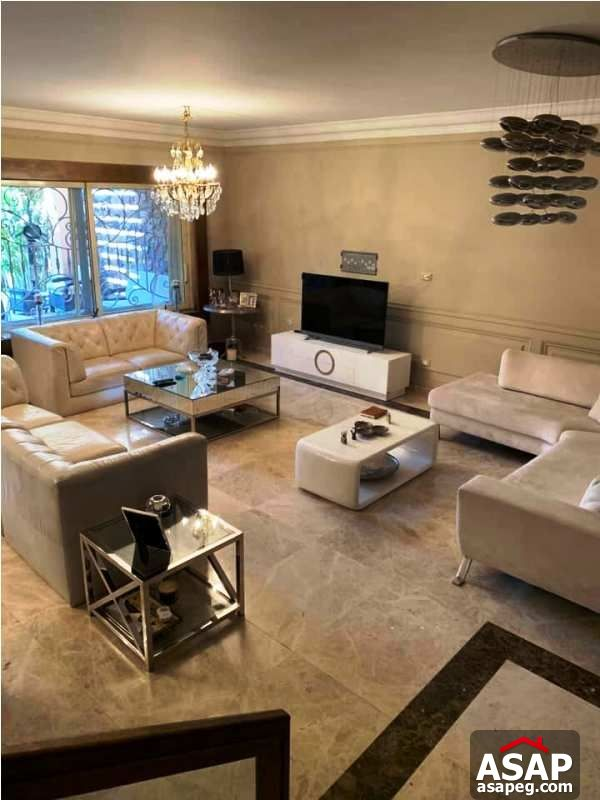 Town House with Pool in Bellagio for Rent