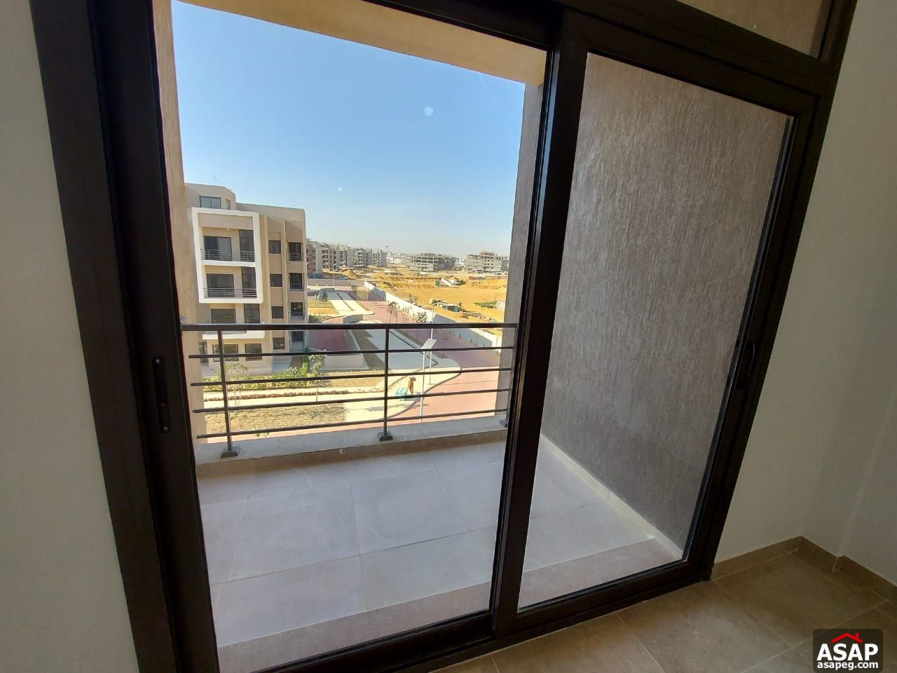 Penthouse for Rent in 5th Square