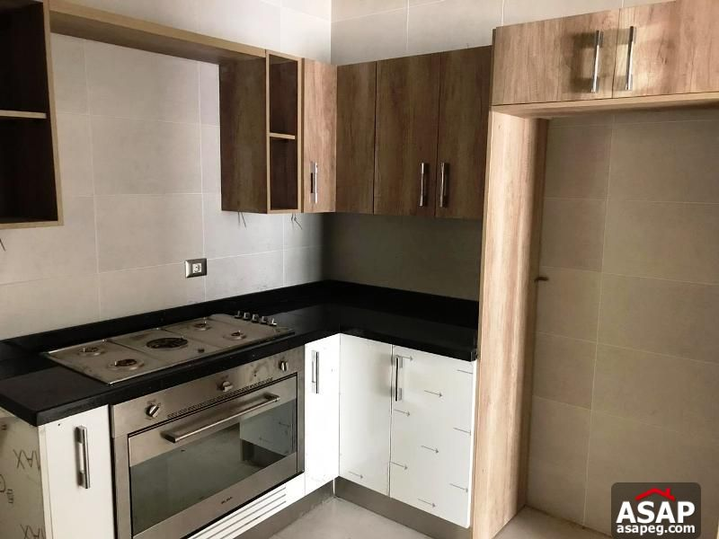 Apartment with Garden for Rent in Village gate Palm Hills