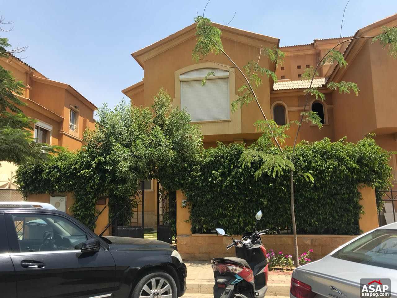 Twin House for Sale in Dyar Arco Compound