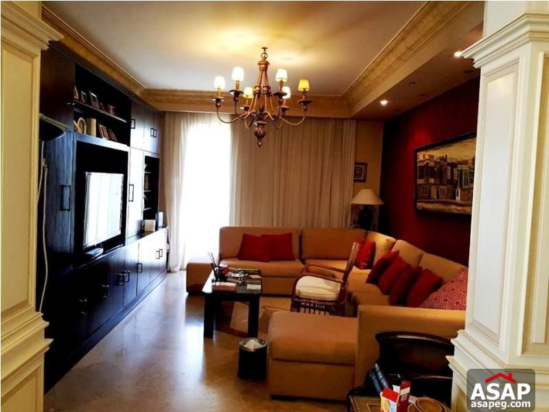 Villa with Big Garden for Rent in Lake View