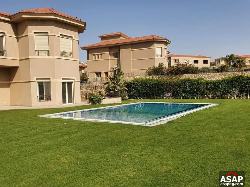 Villa with Swimming Pool for Rent in Karma Heights