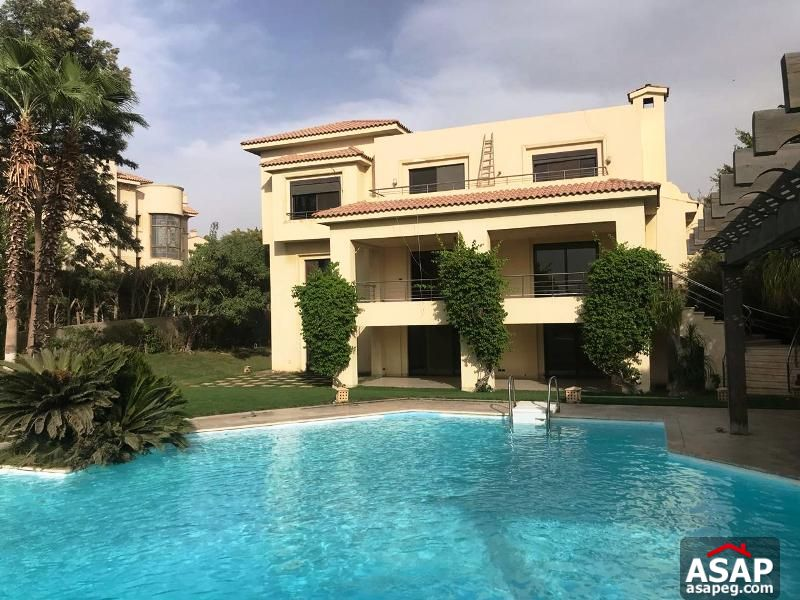 Villa with Pool for Rent in Arabella