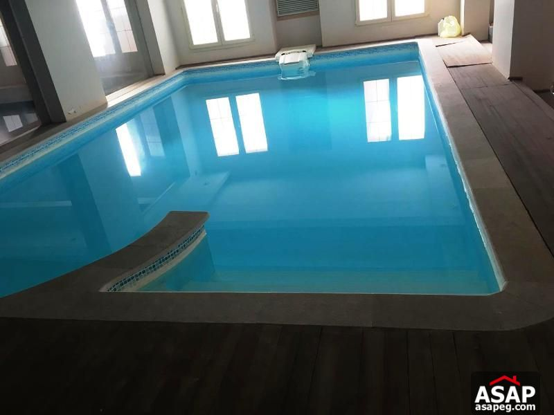 Villa with Private Pool in West Golf for Rent