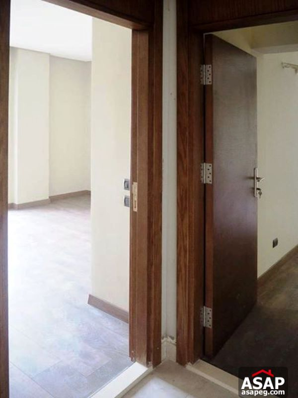 Apartment with Balcony for Rent in Zayed Dunes