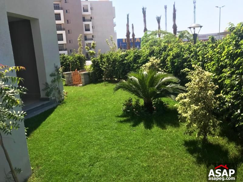 Apartment with Garden in Cairo Festival for Rent