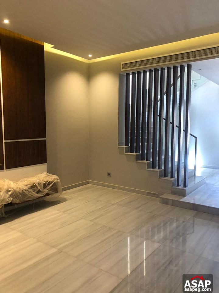 Twin House for Rent in Palm Hills Zayed