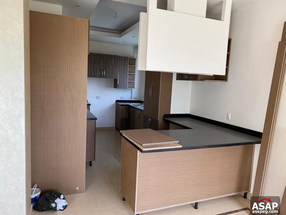 Apartment for Rent in Park View Compound