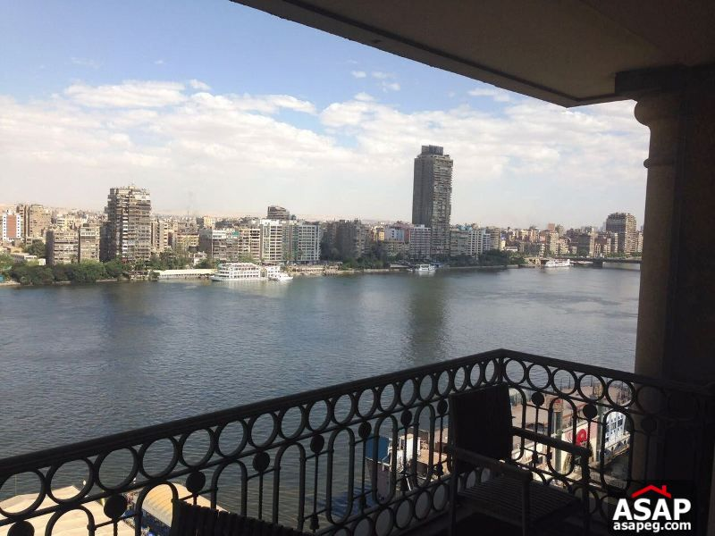 Amazing Apartment with Nile View in Nile Giza for Sale