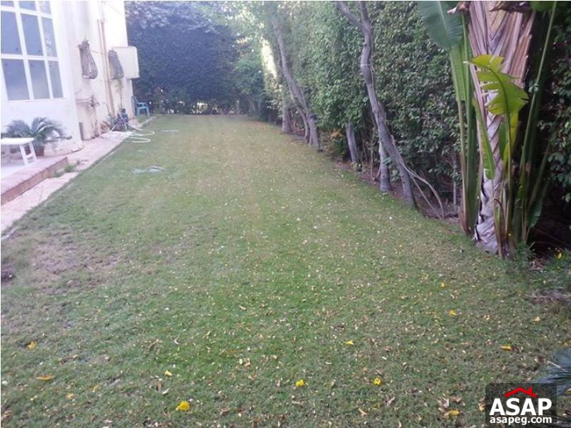 Villa with Big Garden for Sale in Rehab