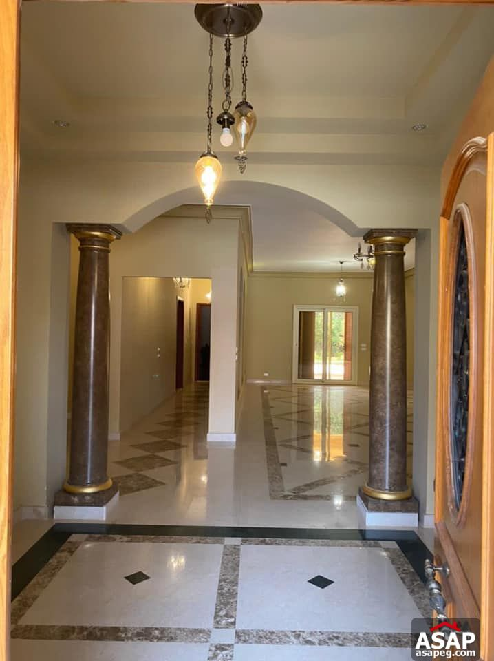 Villa with Swimming Pool for Rent in Tara Compound