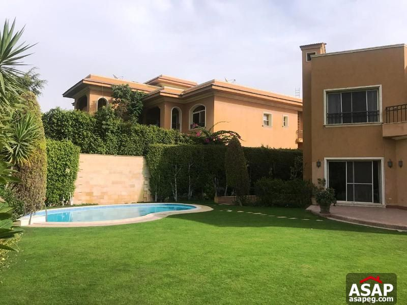 Stand Alone with Pool for Rent in Arabella