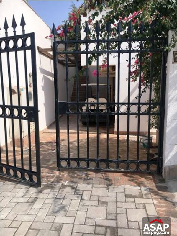 Stand Alone with Pool for Rent in Katameya Heights
