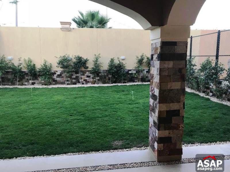 Twin House for Rent in Deyar Park