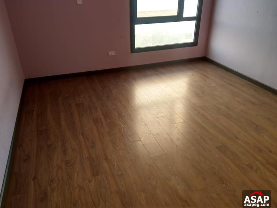 Apartment for Rent in Eastown Compoud