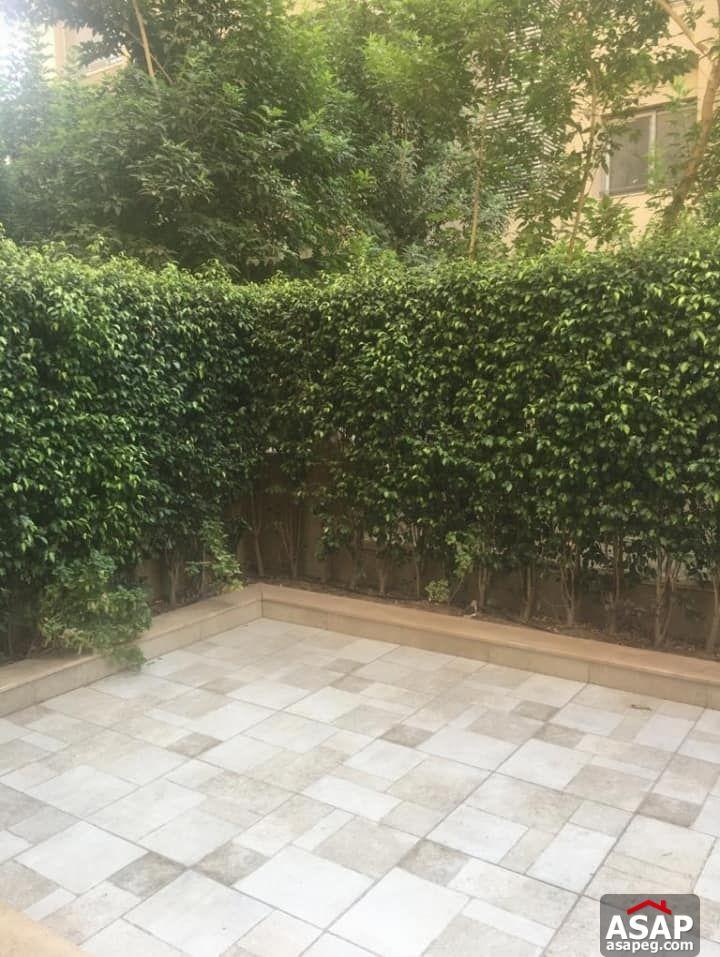 Duplex with Garden for Rent in Village Avenue