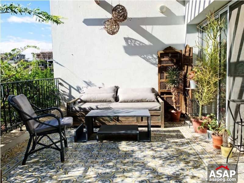 Town House with Garden for Rent in Westown - Sheikh Zayed