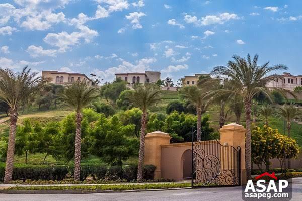 Villa for Sale in Uptown Cairo Compound
